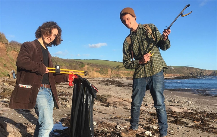 Volunteer Beach Clean at Wembury