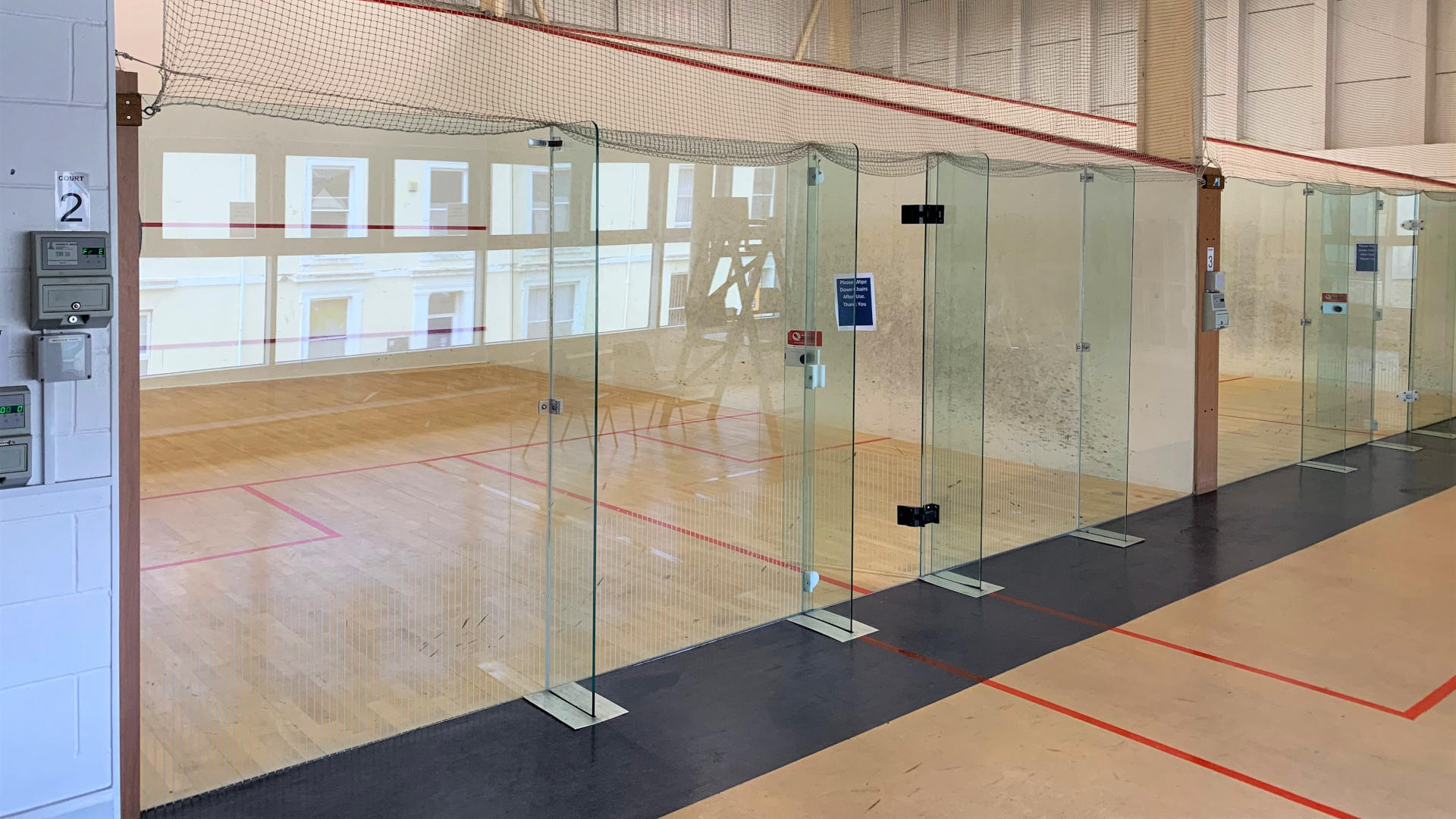 Fully equipped squash courts